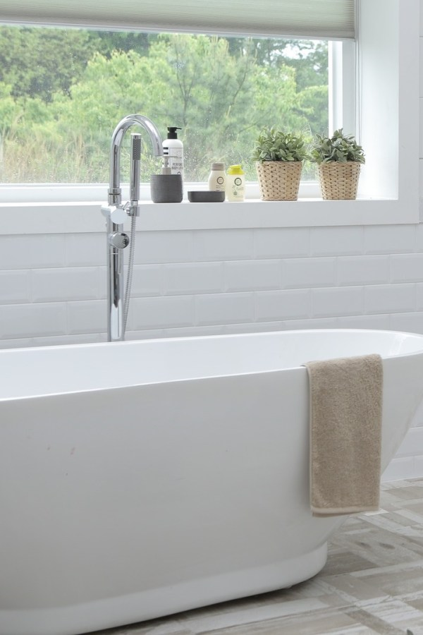 Five quick tips to makeover your bathroom