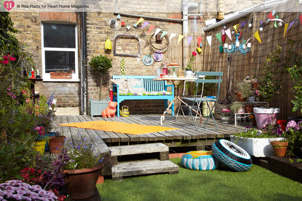 How to decorate your garden for an outdoor party