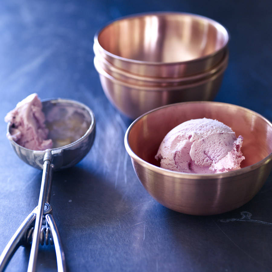 Stylish Luna copper bowls perfect for serving ice cream in