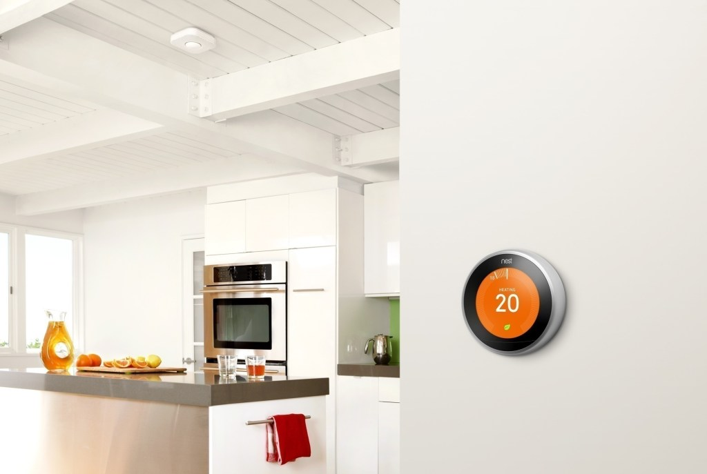 Make your home smart using modern technology to control your thermostat