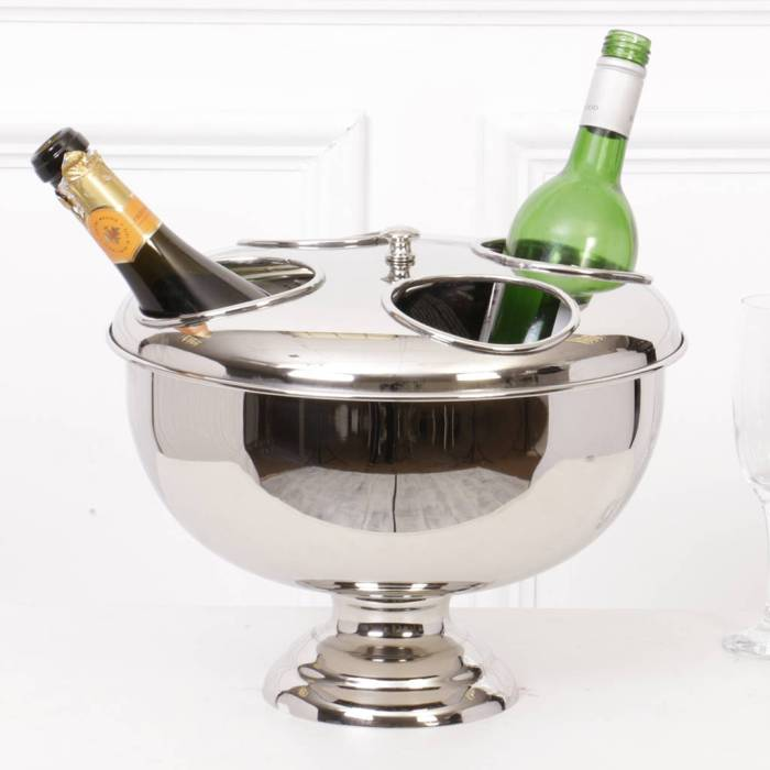 This useful wine bucket will hold up to four bottles or wine or champagne - perfect for a party
