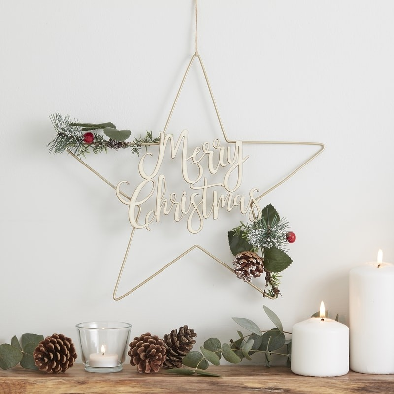 Gold metal star design Christmas wreath - a lovely minimalist and rustic decoration for your home