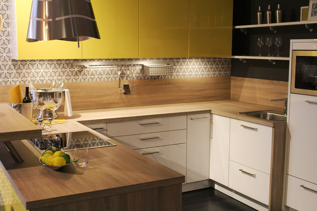 Practical tips and tricks for small kitchen design ideas on a budget
