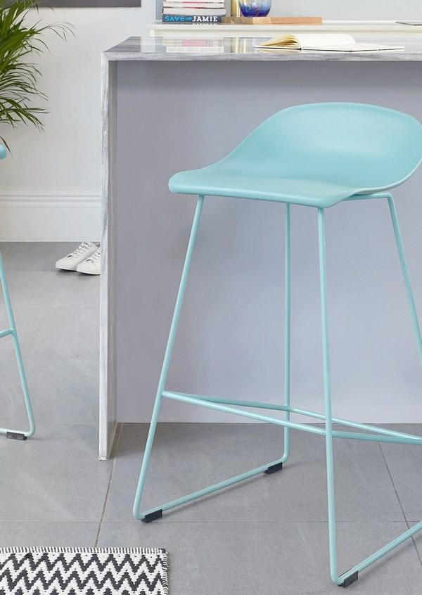 Home Trendsetter: A.I. Aqua the Colour of Spring 2021