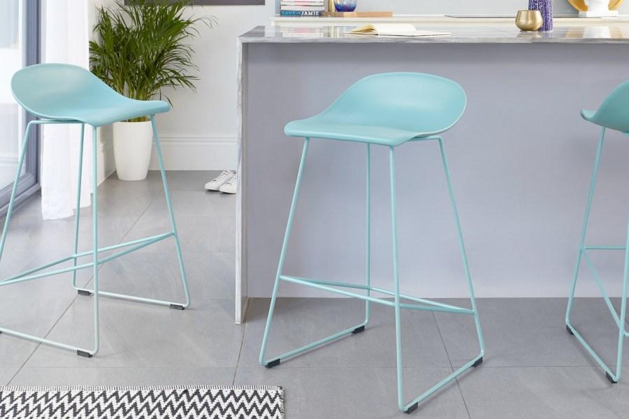 Home Trendsetter: A.I. Aqua the Colour of Spring 2021