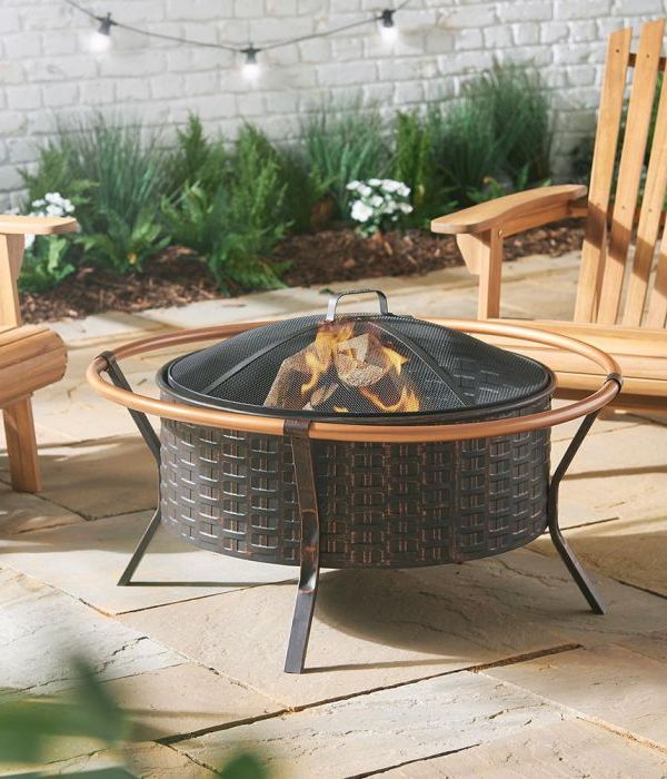 Fire Pit Ideas for Cosy Autumn Nights