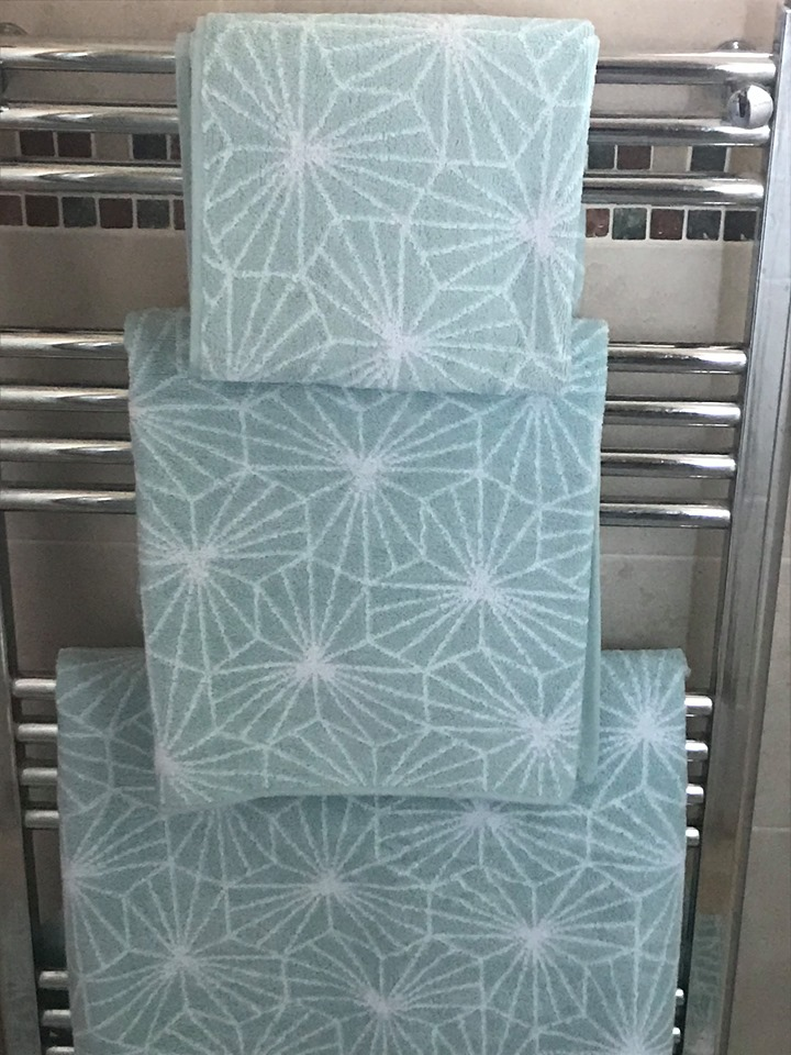 This set of Madrid luxury jacquard towels are an attractive design for a contemporary bathroom
