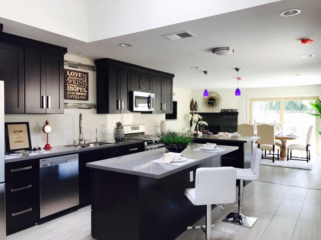 Stunning modern kitchen and dining room