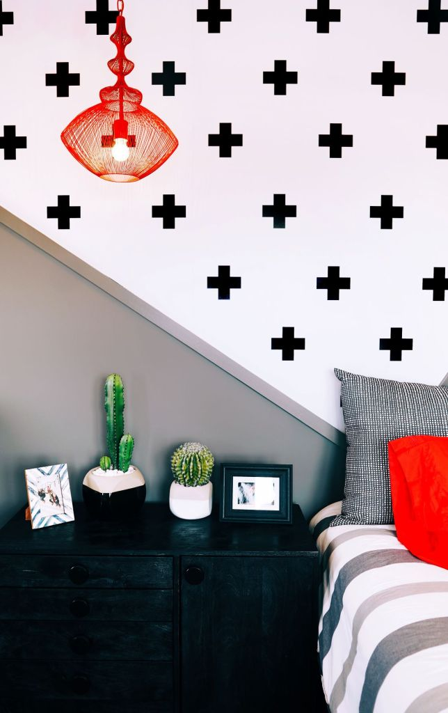 Bold and striking accent wall in a bedroom
