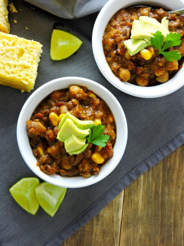 Spicy Southwest Lentil Chickpea Chili