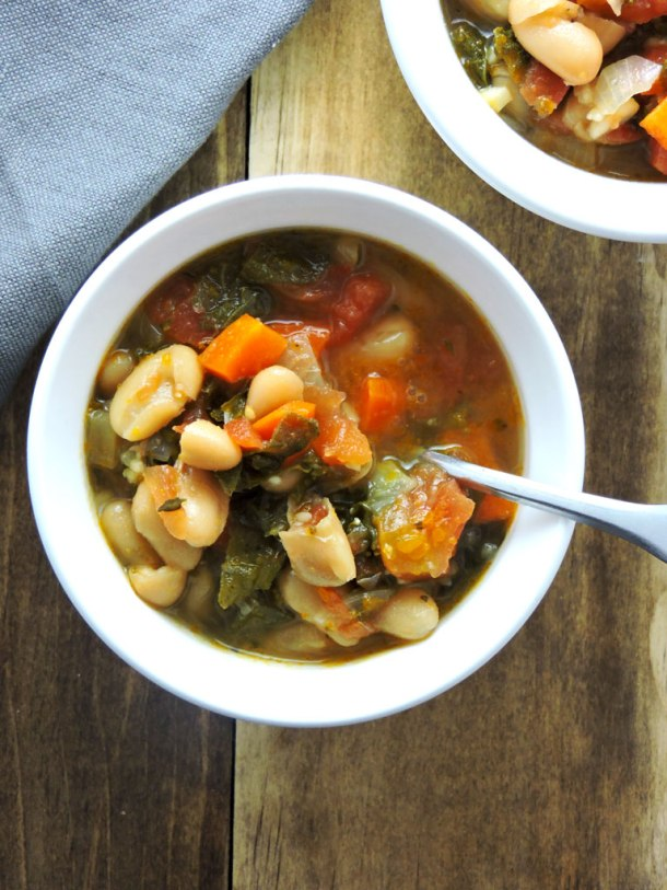 White Bean and Kale Detox Soup