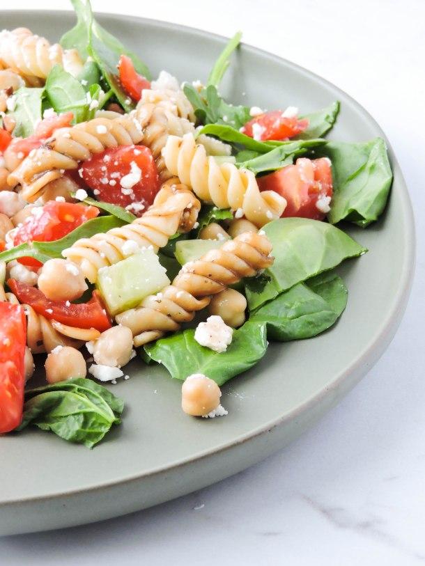 Greek Style Mason Jar Pasta Salads