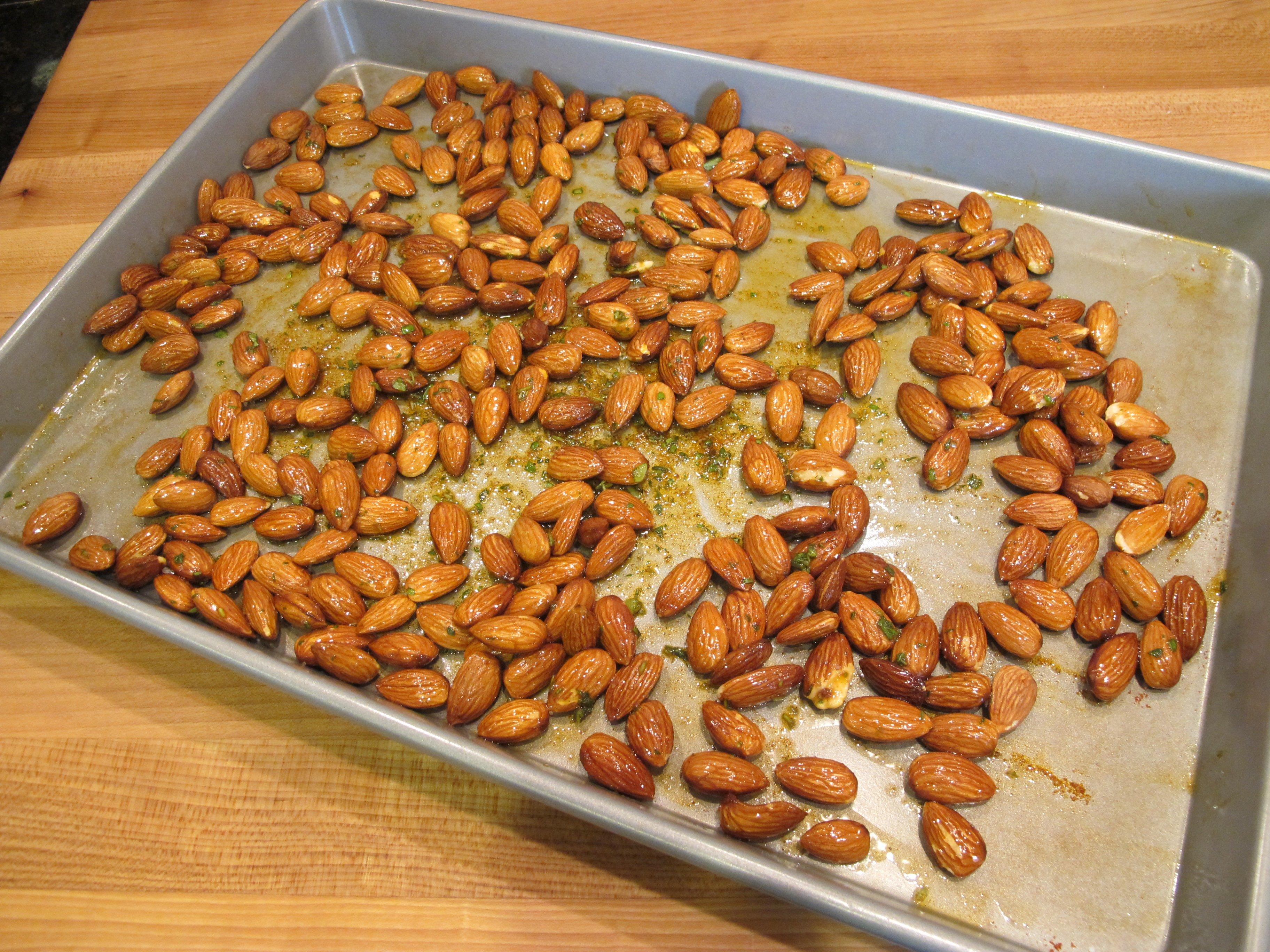 Savory Roasted Almonds Fresh Food Bites