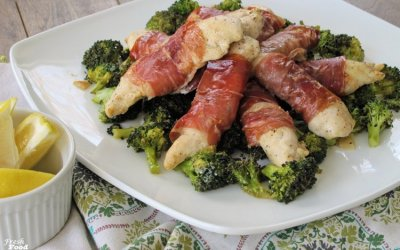 5 Ingredient Prosciutto Wrapped Chicken with Broccoli (Sheet Pan Dinner)