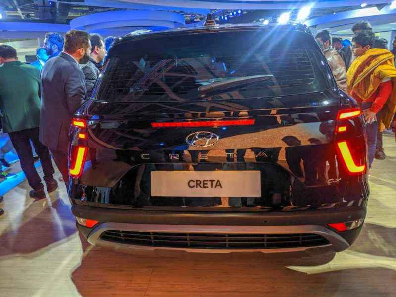 all new creta 2020 at auto expo 2020 back side view with tail light design and logo