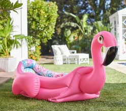 Giant flamingo pool