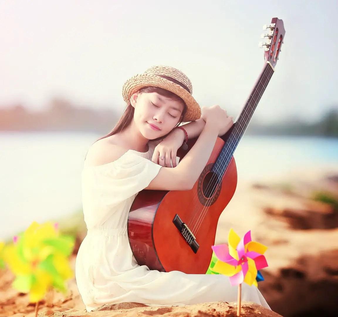 Guitar Whatsapp Wallpaper: Cute And Innocent Girls DP For Whatsapp And Facebook