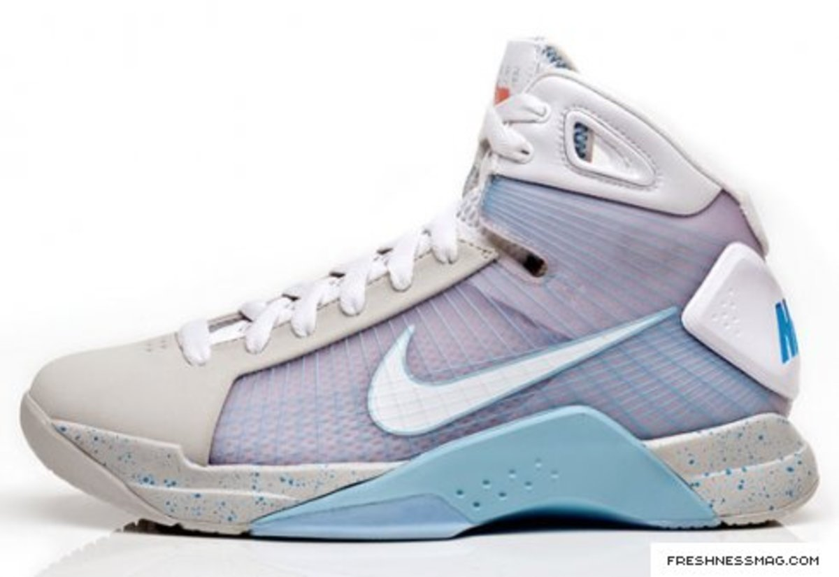 Nike Hyperdunk Mcfly 2015 Ny Release July 12th