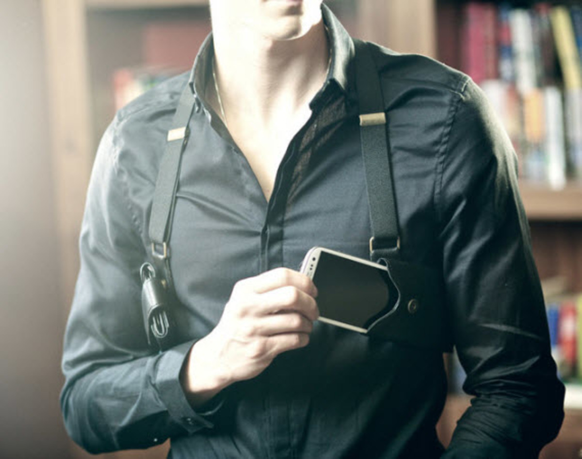 LD WEST  Cellphone and Wallet Holster  Freshness Mag