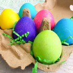 Not sure the process on how to dye Easter eggs? Here's a simple guide on how to dye Easter eggs!
