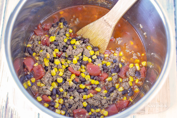 how to make taco soup in the instant pot