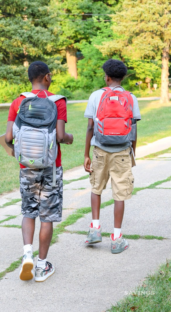 Another school year is here! I'm sharing 10 tips for a successful school year for your teen, which includes things you both should be doing to make sure they have a great year!