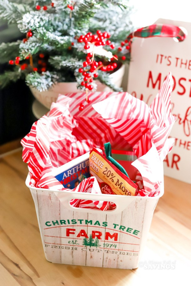 how to put together a Christmas Eve Box