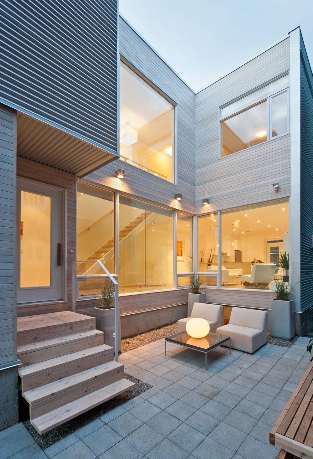 Narrow Home In Ottawa By Rick Shean