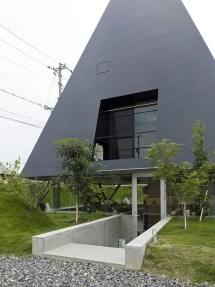 House In Saijo Japan Suppose Design Office