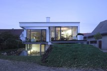 Contemporary Split-level Home In Aalen Germany