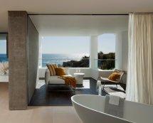 California Beach House Bathroom