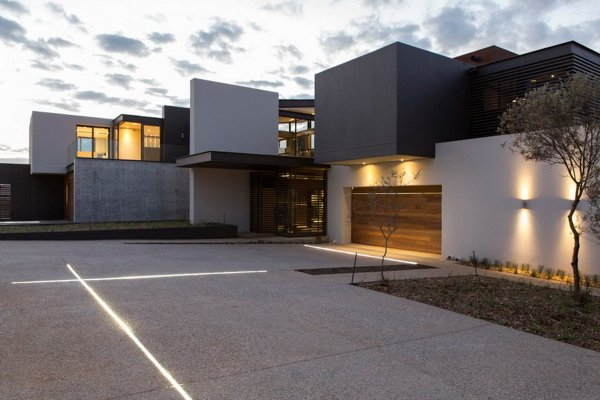 Garage Lighting Luxurious Modern Residence In Pretoria