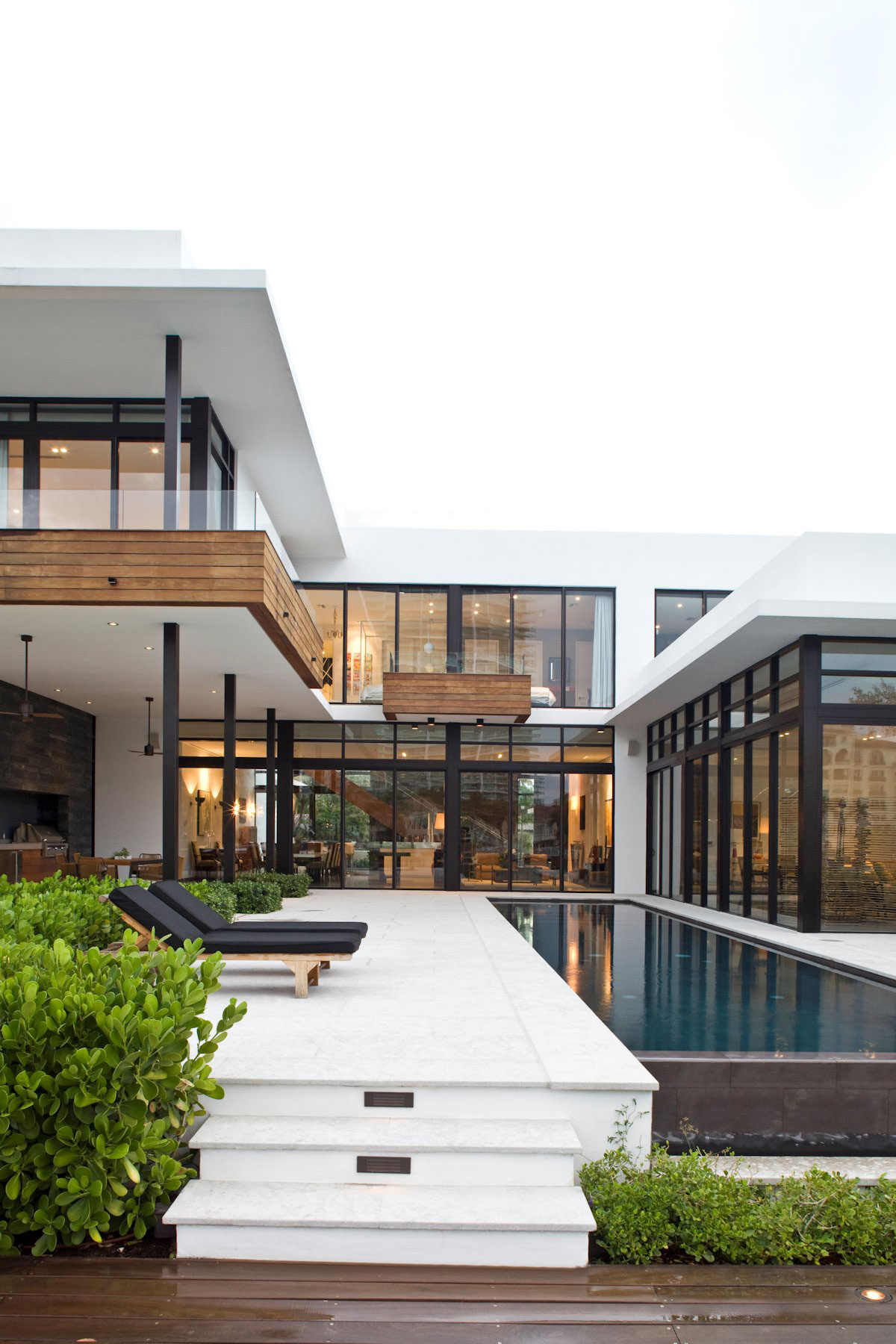 Modern Architecture Homes Florida