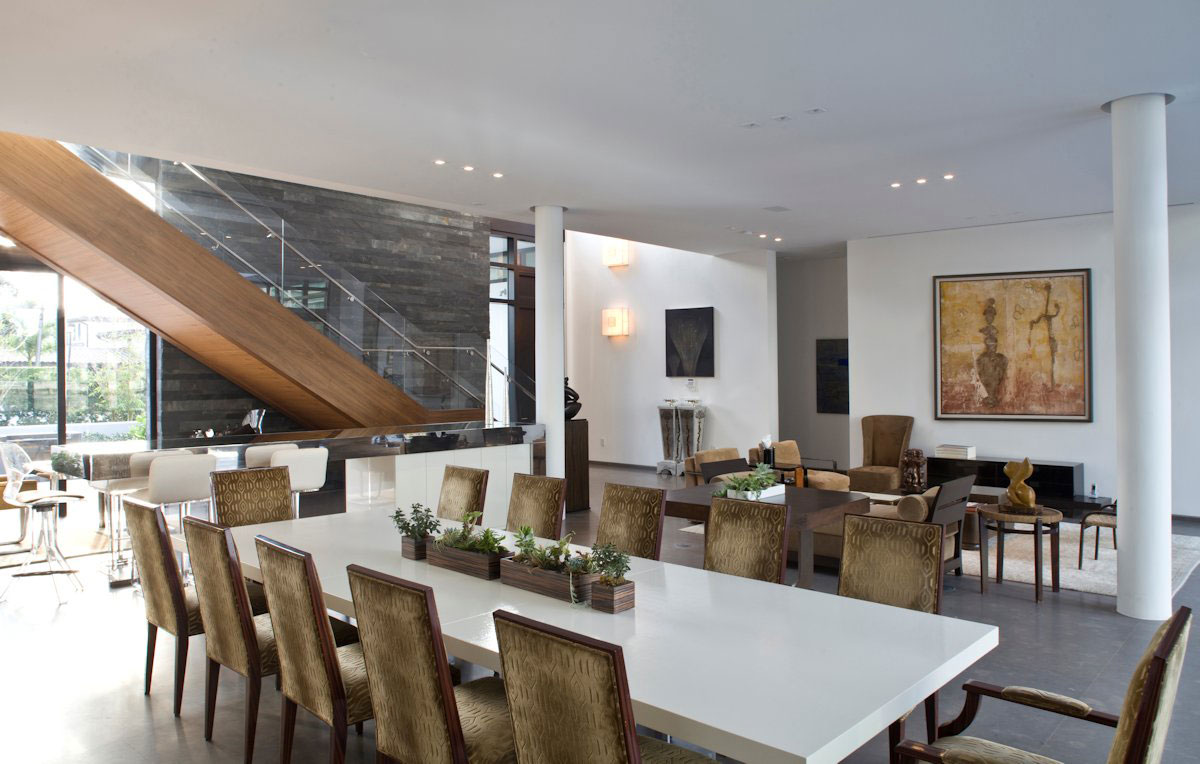 Elegant Modern Home In Golden Beach Florida