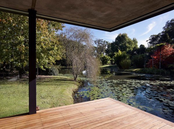 Pond View Wooden Flooring Glass Pavilion In Somersby