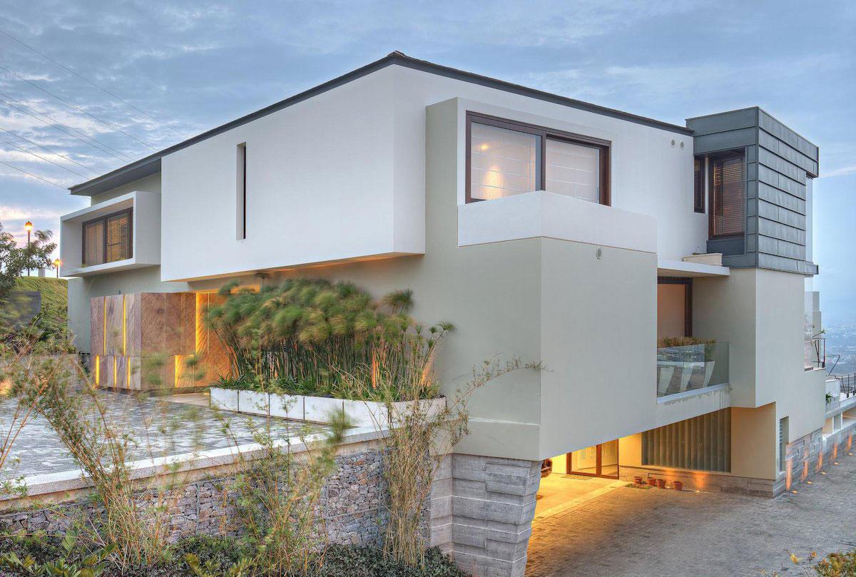 Elegant Contemporary House in San Jos Costa Rica