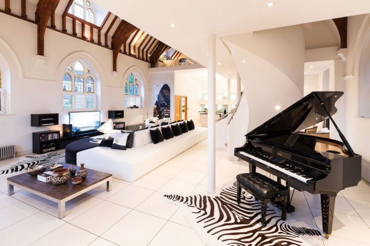 Converted Churches Gianna Camilotti The Church Conversion London Interior Living Room Area