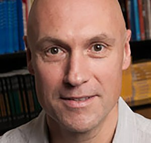 Dr. Christopher Boyer