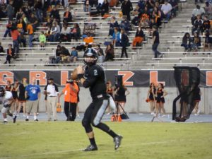 Autry warming up before start of 2nd half