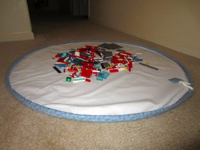 Lego mat open