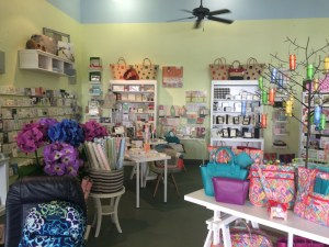 "Vera Bradley Execs Coming to Toast New ""Top Drawer"" Store"