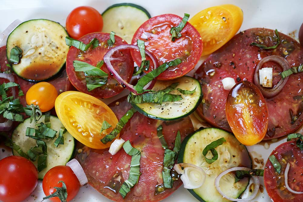 Heirloom_Tomato_SaladCU