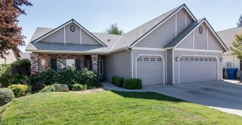 Charming Home in Clovis North Area
