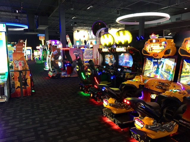 Dave & Buster's - E River Park Cir, Fresno, California - Rated based on Reviews