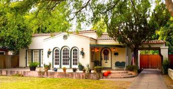 Fresno High Neighborhood Holiday Home Tour
