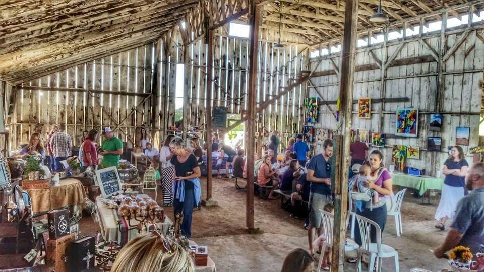 do your holiday shopping the fun way..in a barn!