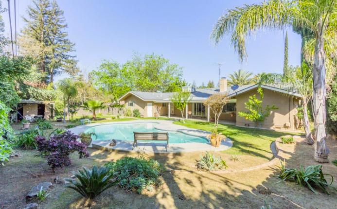 Fresno pool homes