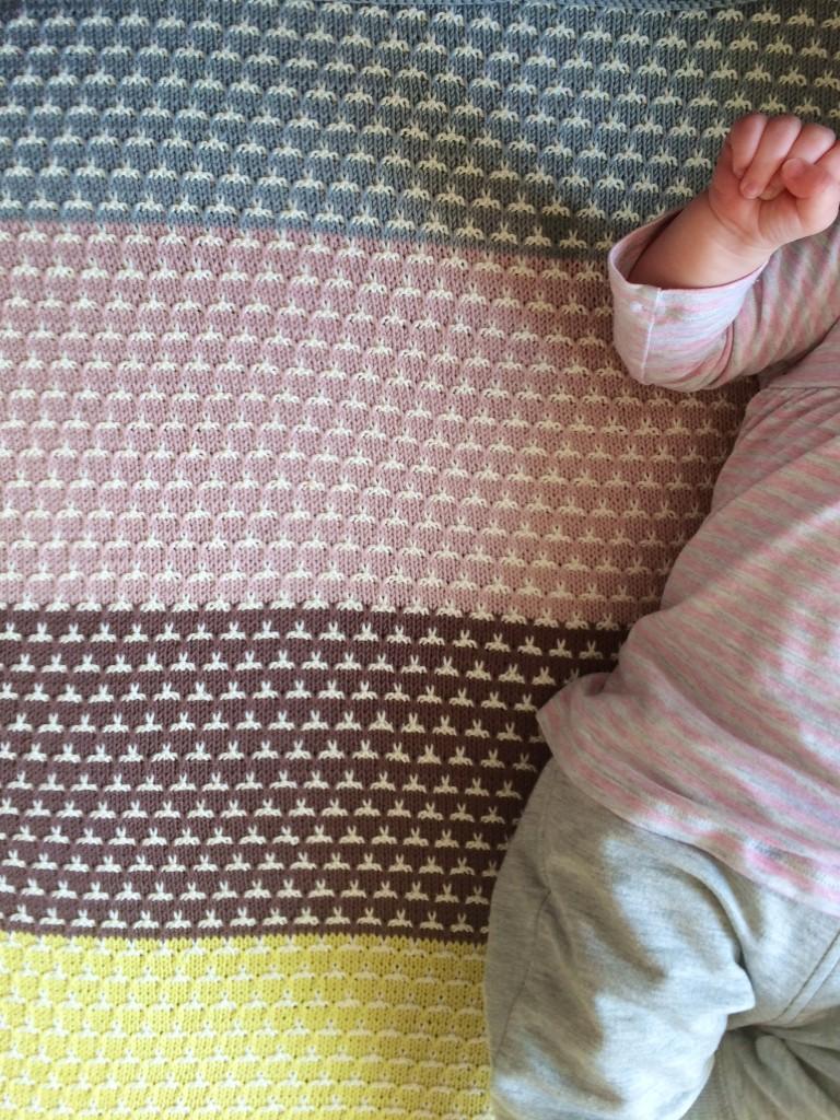 Gratis breipatroon babydekentje  Freubelweb Freubelweb