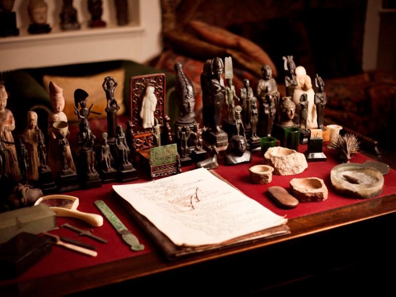 Sigmund Freud's Collection - Desk