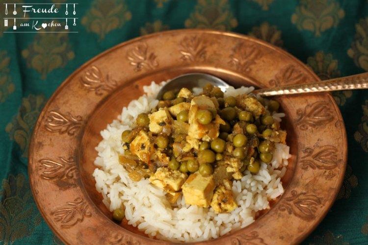 Matar Paneer - indischer Käse mit Ersben - Freude am Kochen
